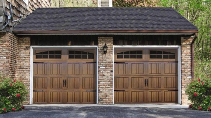 Thermacore® Wind Load Garage Door
